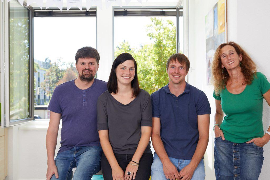 Vier Berater*innen: Ramon Kathrein, Dominika Rödig, Mathias Schulz und Silvia Geisslreither.